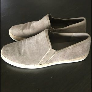 VINCE Chance Suede Slip-on Loafers Grayish/Taupe 8